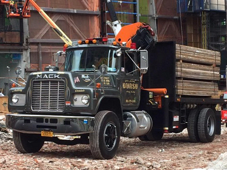 durso mack truck with load at jobsite